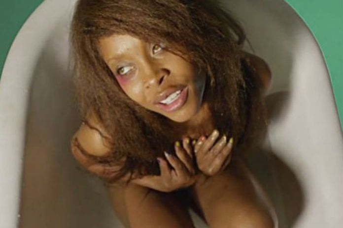 The Flaming Lips & Erykah Badu - The First Time Ever I Saw Your Face (NSFW)