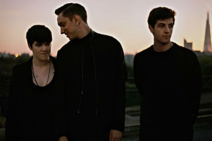 The xx Detail Second Album