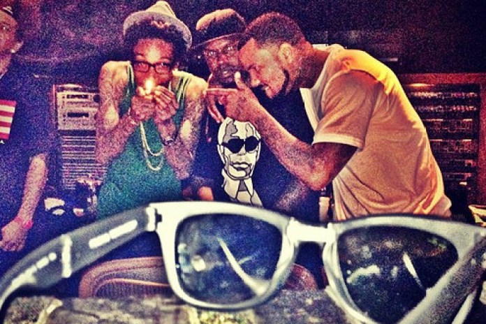 Wiz Khalifa featuring Game & Stat Quo - Far From Coach