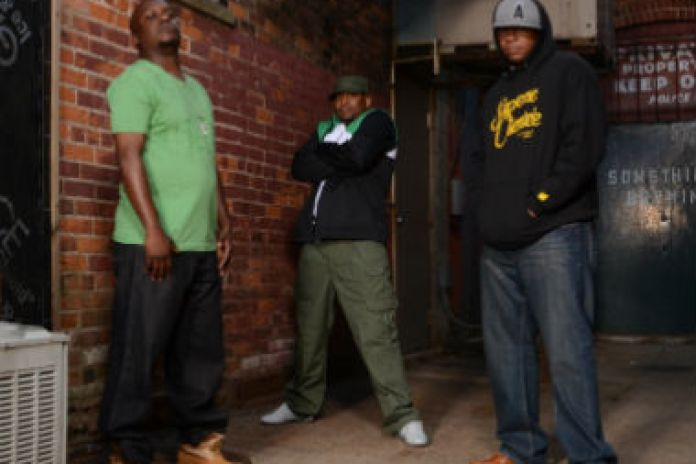 Dezert Eez featuring Killah Priest - Mind Stormin'