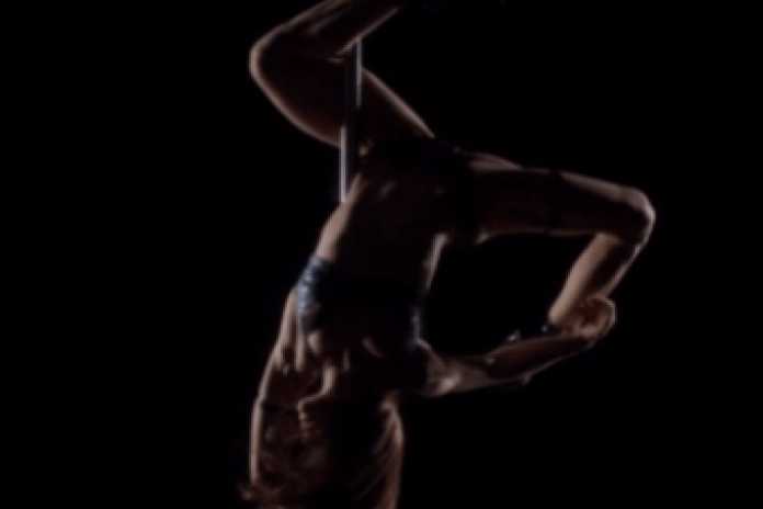 Diplo featuring Lazerdisk Party Sex - Set It Off