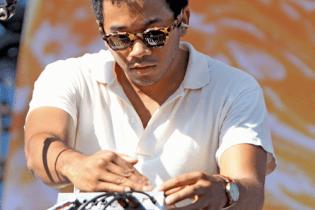 "Toro Y Moi Debuts ""Rose Quartz"" at Lollapalooza 2012"