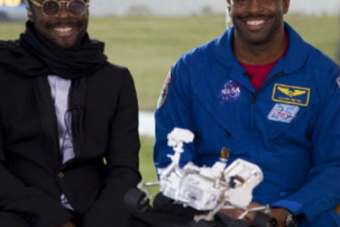 will.i.am Links with NASA to Broadcast Song from Mars