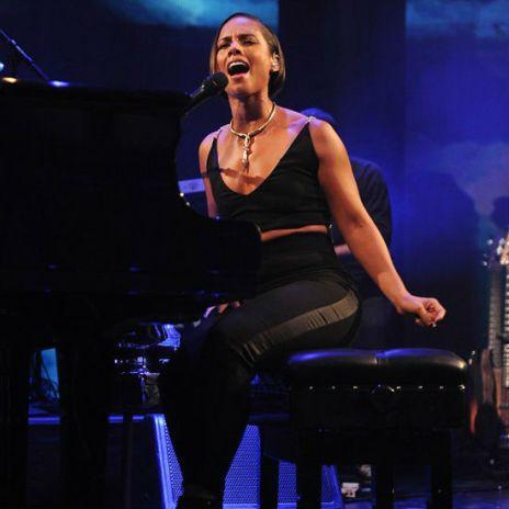 Alicia Keys - iTunes Festival 2012 Performance