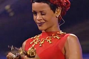 Rihanna featuring A$AP Rocky - Cockiness (Remix) (Live at the 2012 MTV VMAs)