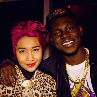 Yuna featuring Theophilus London - Live Your Life (Remix)