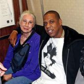 Jay-Z Takes Subway to Barclays Center (Video)