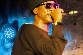 "Joey Bada$$ performs ""Hardknock"" at Villain"