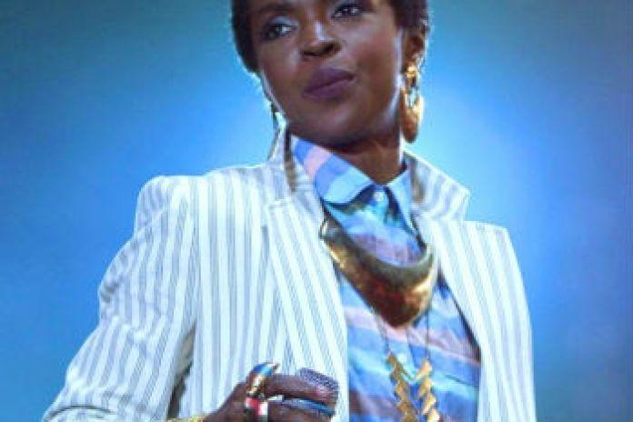 "Lauryn Hill Performs ""Black Rage"" in Dallas"