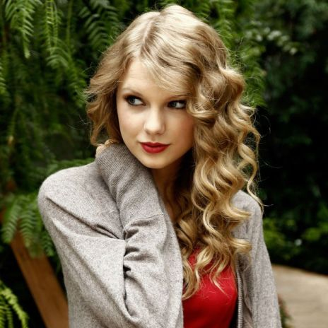 Taylor Swift's 'Red' Expected to Sell 1 Million Copies in First Week