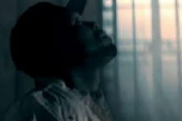 50 Cent featuring Eminem & Adam Levine – My Life