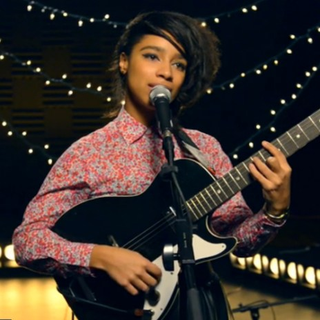 Lianne La Havas - He Loves Me (Jill Scott Cover)