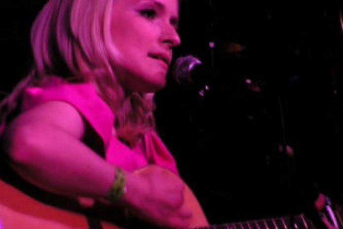 Arianna  Priceless (Demo)