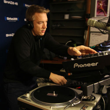 Diplo - Sway In The Morning Mix