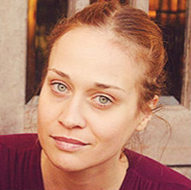 Fiona Apple Cancels Tour to Stay with Her Dog