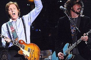 "Paul McCartney and Nirvana Perform ""Cut Me Some Slack"""