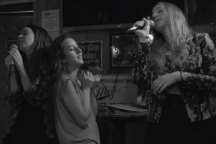 HAIM - Hazy Shade of Winter (Simon & Garfunkel Cover)
