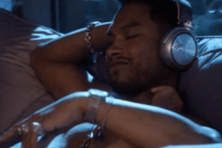 "Miguel – ""Bawdy"" & ""On These Wings"""
