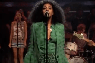 Solange Knowles - Losing You (Live on Jimmy Fallon)