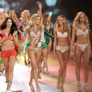 Victoria's Secret Fashion Show 2012 Performances
