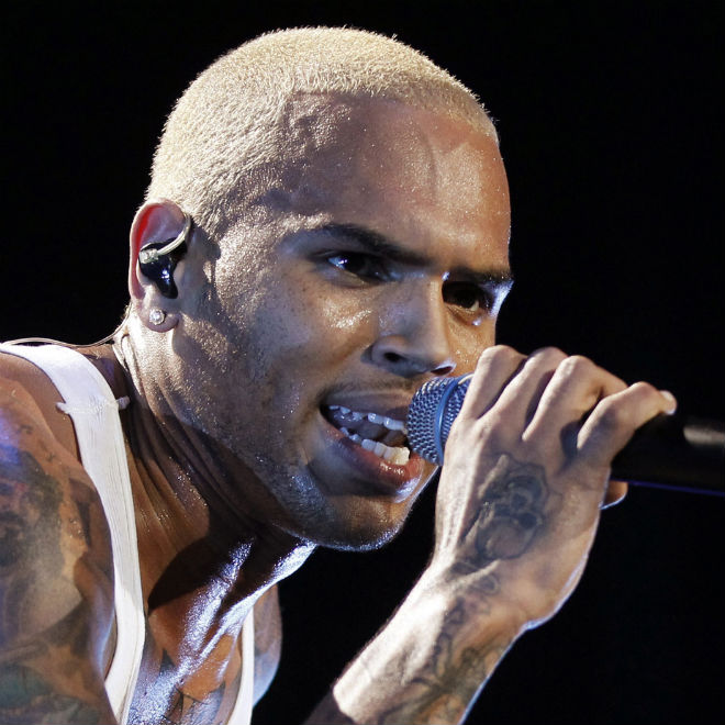 """Chris Brown Closes Instagram Account Following """"Jesus"""" Picture Backlash"""