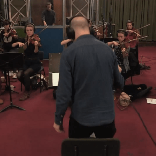DJ Benji B & String Ensemble Perform Songs by Kanye West, Drake, TNGHT & Others