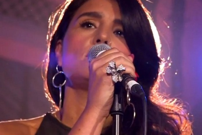 Jessie Ware - Running (Live at 2013 BRITs Launch)