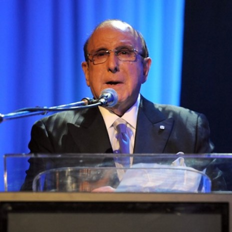 Famed Record Executive Clive Davis Comes Out in New Memoir
