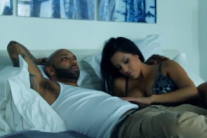 Joe Budden featuring Fabolous, Lil Wayne & Tank - She Don't Put It Down