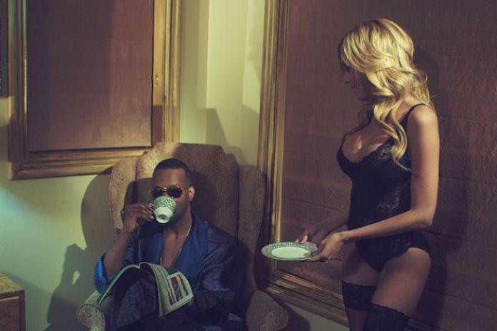 Juicy J featuring 2 Chainz & Trina - Having Sex