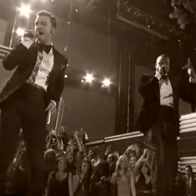 Justin Timberlake & Jay-Z - Suit & Tie (Live @ The Grammys)