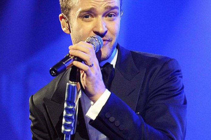 "Justin Timberlake Performs ""Mirrors"" at the BRIT Awards"