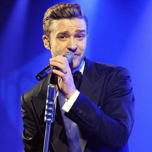 "Justin Timberlake Performs ""Mirrors"" at the BRIT Awards"
