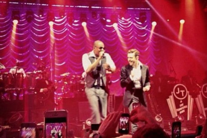 "Justin Timberlake Performs Two New Songs & ""Suit & Tie"" with Jay-Z"