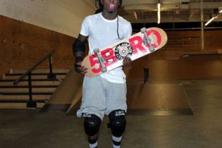 Lil Wayne Sued Over Alleged Skateboard Attack