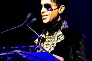 Prince to Headline Montreux Jazz Festival