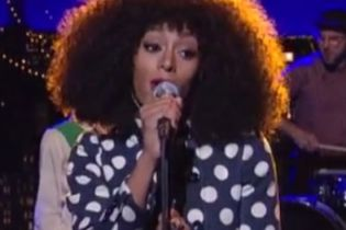 Solange Knowles - Don't Let Me Down (Live on Letterman)