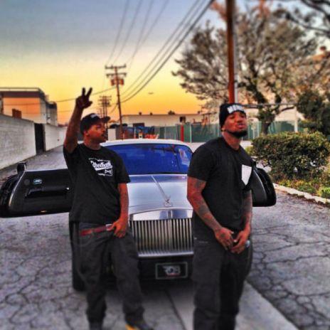 Compton Menace featuring Wiz Khalifa & The Game - Ain't No Changing Me (Remix)