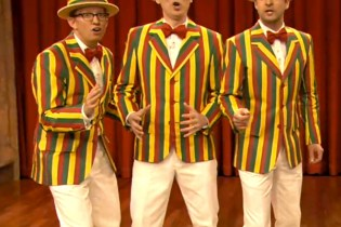 "Justin Timberlake Performs ""Mirrors"" and a Barbershop Rendition of ""SexyBack"" on Fallon"