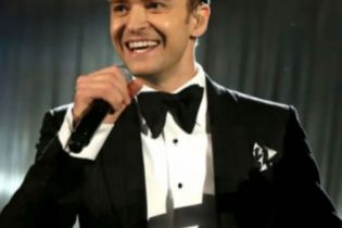 """Justin Timberlake Performs """"Suit & Tie"""" with Jay-Z & Responds to Kanye West on 'Saturday Night Live'"""