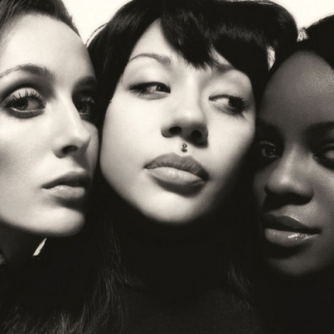 Mutya, Keisha & Siobhan (The Original Sugababes) – Lay Down In Swimming Pools (Kendrick Lamar Cover)