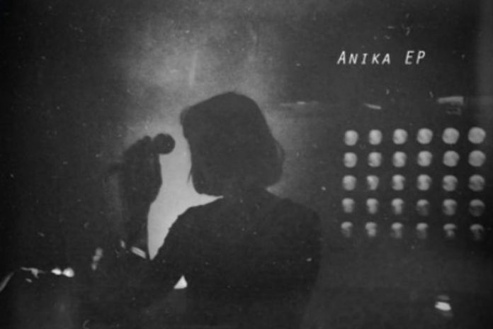 Anika - Love Buzz (Shocking Blue Cover)