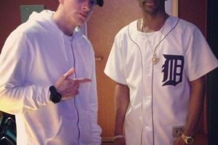 Big Sean Hits the Studio with Eminem
