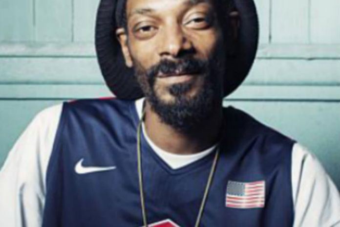 Snoop Lion Considers Starting Sports Management Agency