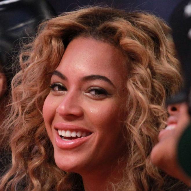 Jay-Z Squashes Beyoncé Pregnancy Rumors