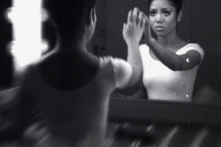 Jhené Aiko – Comfort Inn Ending (Produced by No I.D.)