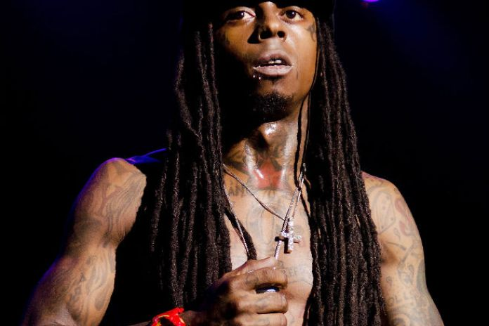 Lil Wayne Suffers Another Seizure, Hospitalized and Then Released