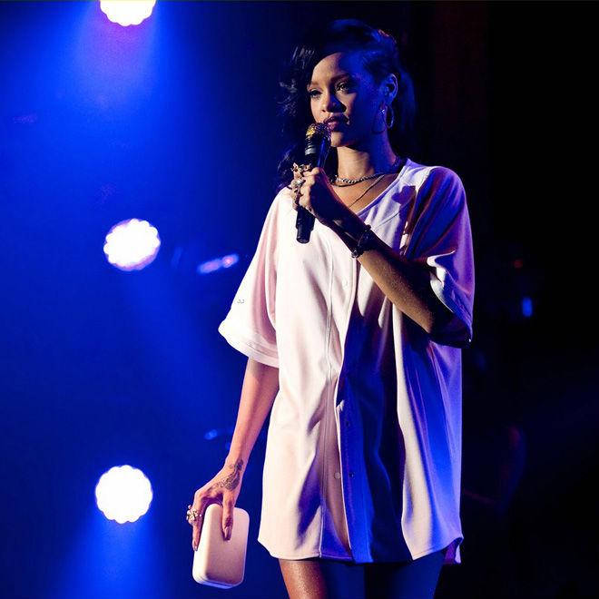 Rihanna – 777 Tour (Documentary)