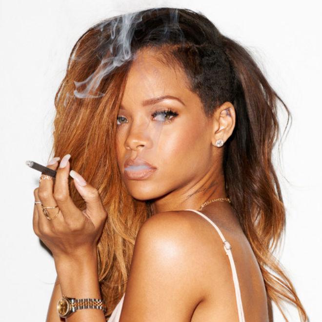 Rihanna featuring 2 Chainz - Pour It Up (Remix)