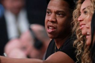 Jay-Z Becomes a Licensed NBA, MLB Agent